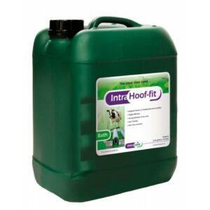 Intra Hoof-fit bath is een ideaal onderdeel van het klauwgezondheidsprotocol op rundveebedrijven